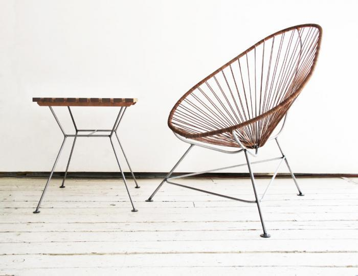 A leather Acapulco chair - via Remodelista