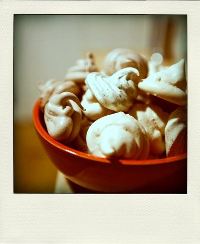 Schuimpkes (meringues)