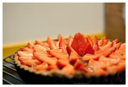 Taart met aardbei en rabarber