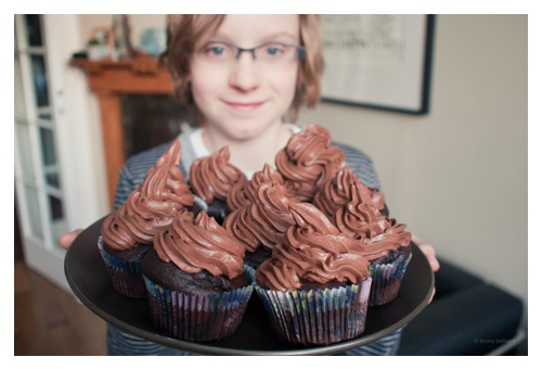 Vegan chocolate cupcakes door Bruno Bollaert