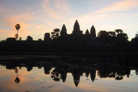 1012009 10151789819967423 730201501 n min 10 must dos for volunteers in Cambodia