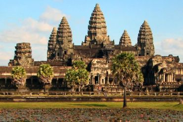 Angkor Wat Volunteer in Cambodia | The Ultimate Guide