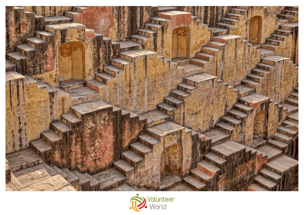 abhaneri step well solo travel