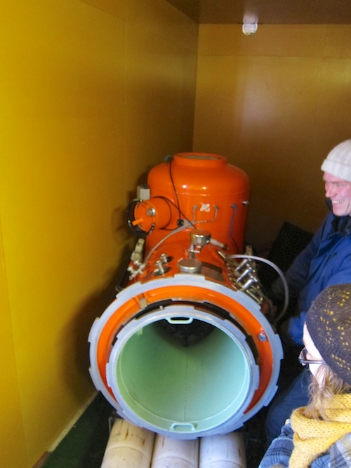 A field model two person pressure chamber.