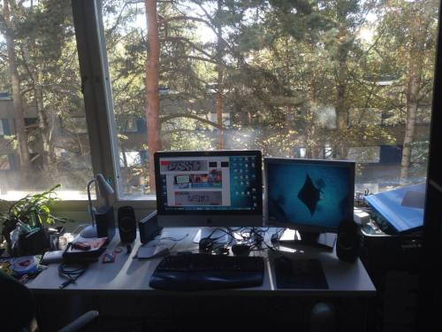 The new work room, with almost as awesome a view as the old one.