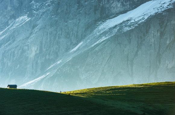 Hiking in Lauterbrunnen Valley