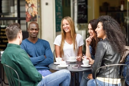 How to meet people around the world
