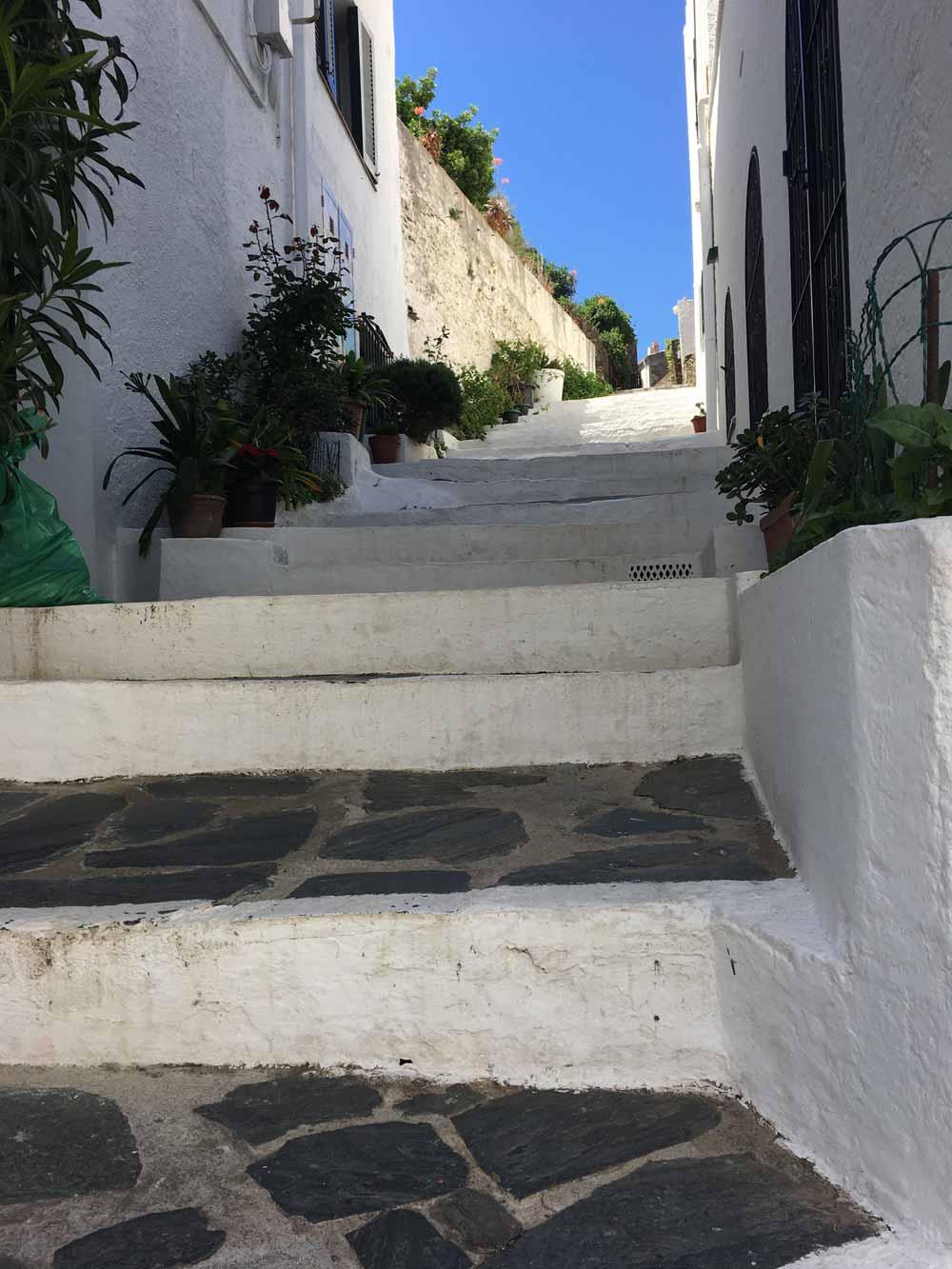 Spanish backstreet steps