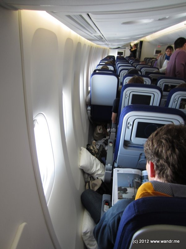 The Under Seat View Of Center 4 Note Location Ife Box And Vertical Mounts Relative To Cushions
