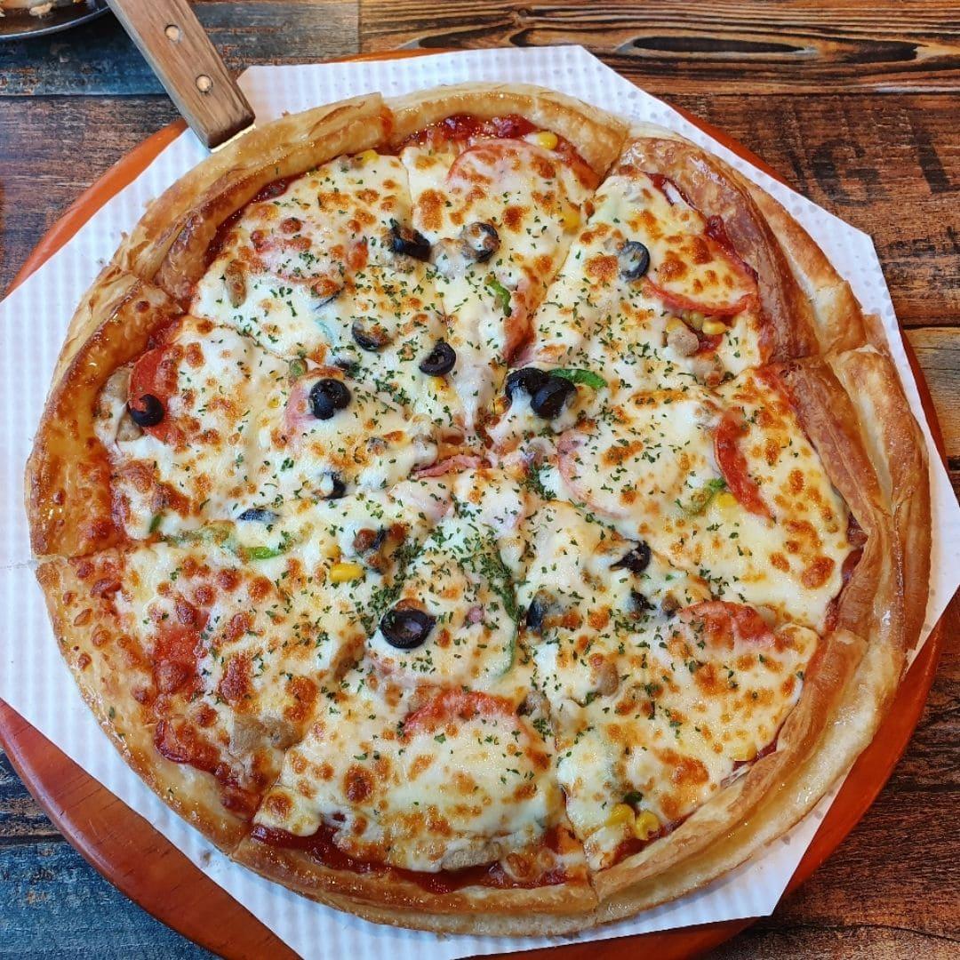pizza-seoul-sinchon-jacksonville