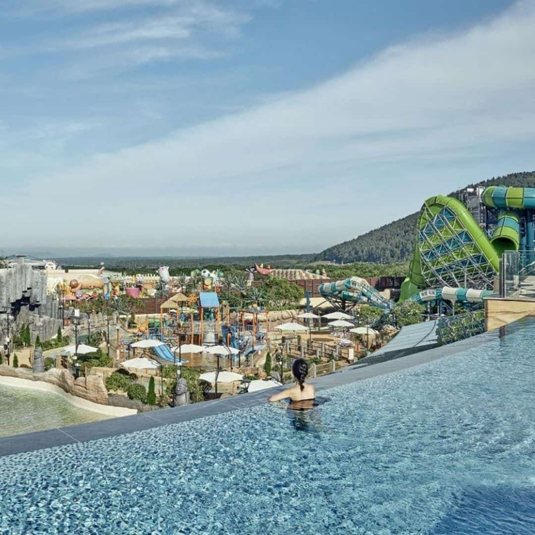 shinhwa-world-water-park-price