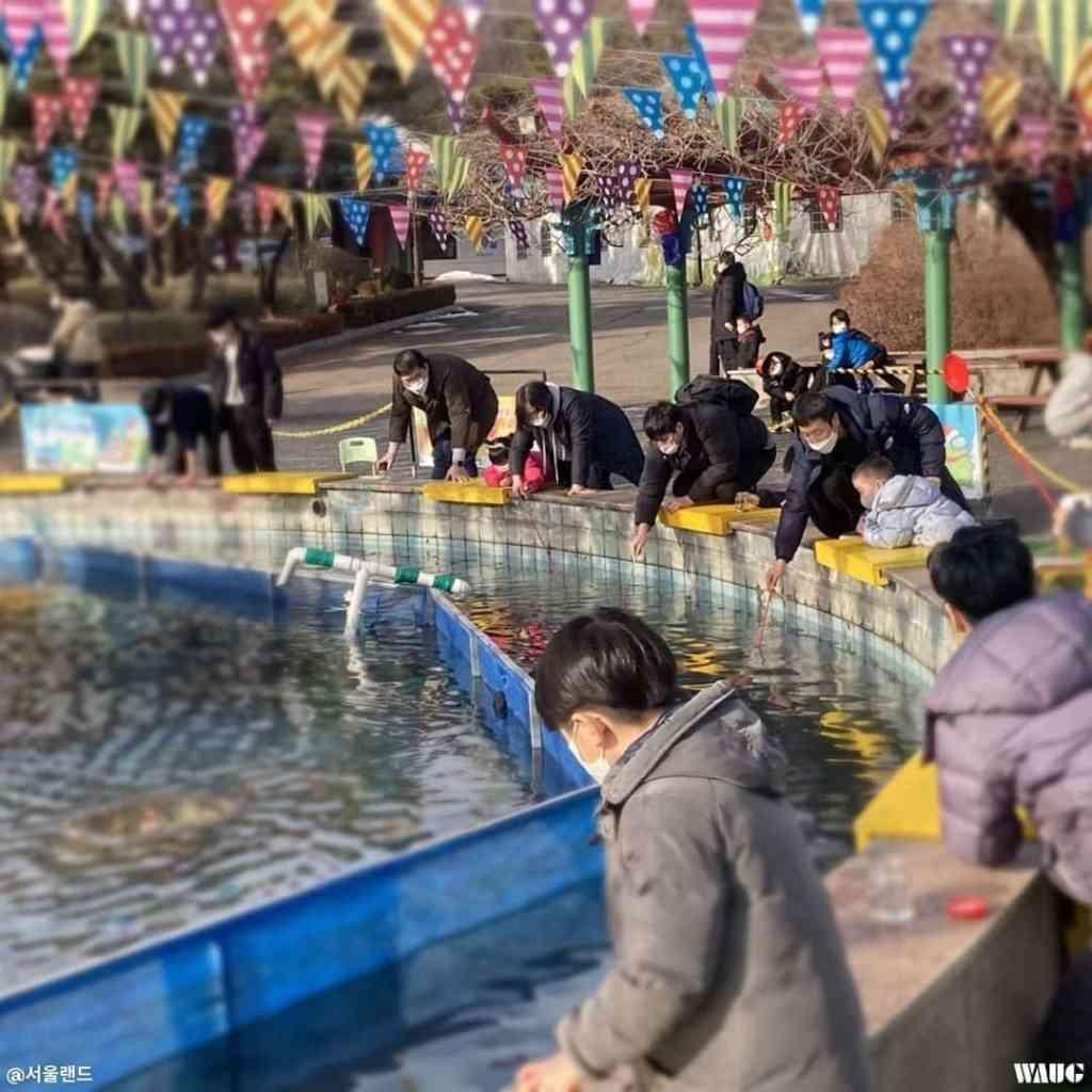 seoul-land-snow-sled-park-snowy-fun-park-4-min