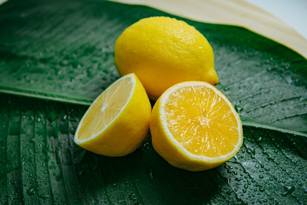 lemon water to stay hydrated