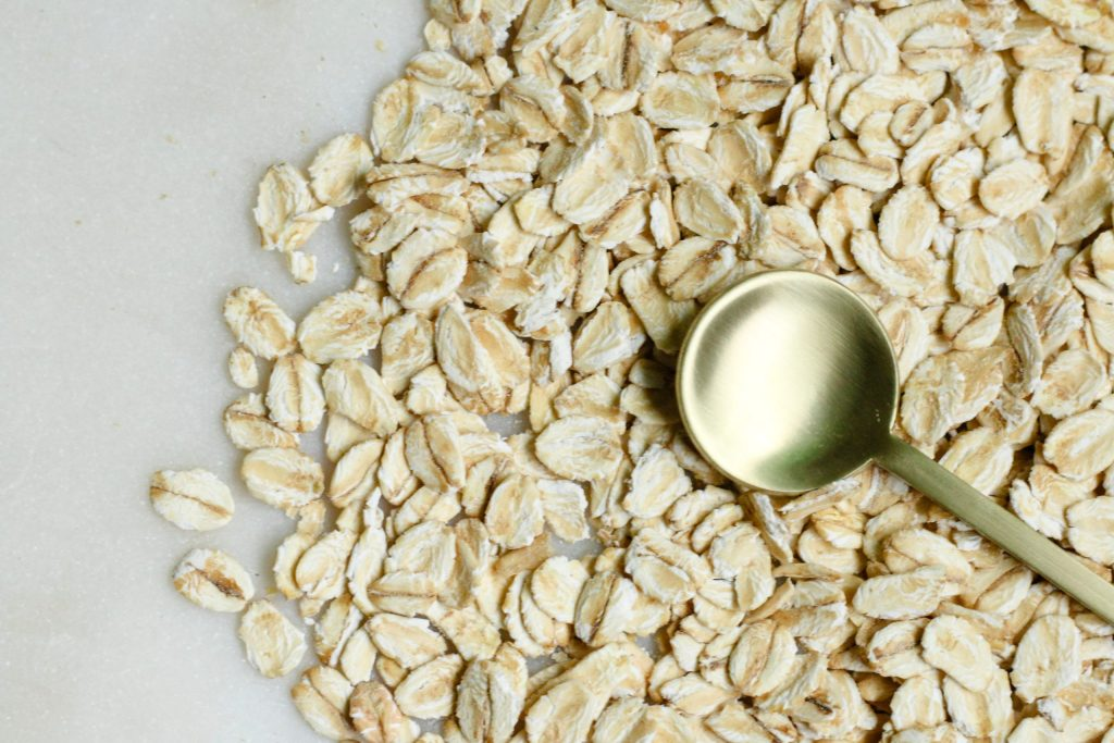 When should you eat oatmeal to lose weight