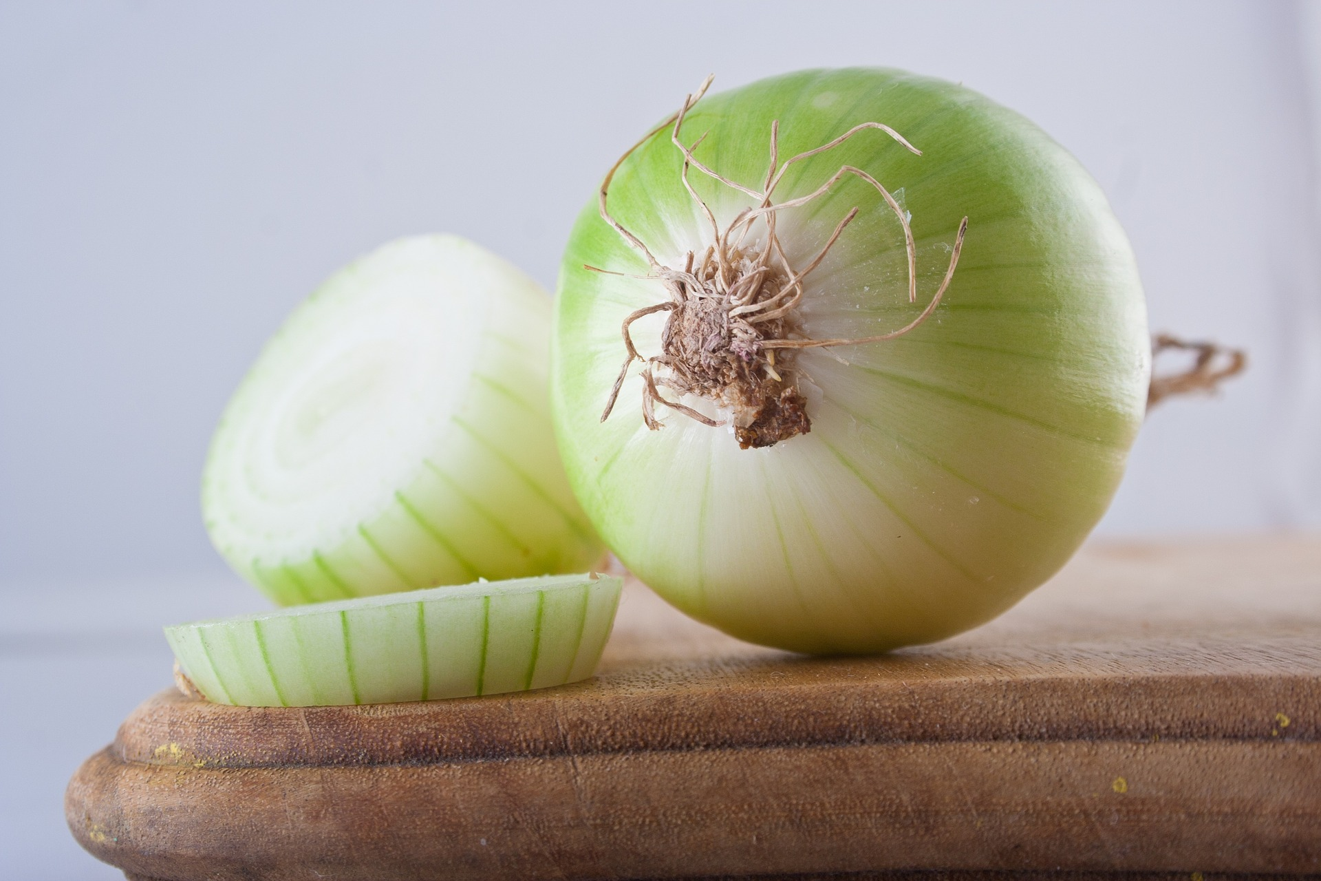 Are Onions Keto-Friendly? (& Substitutes)