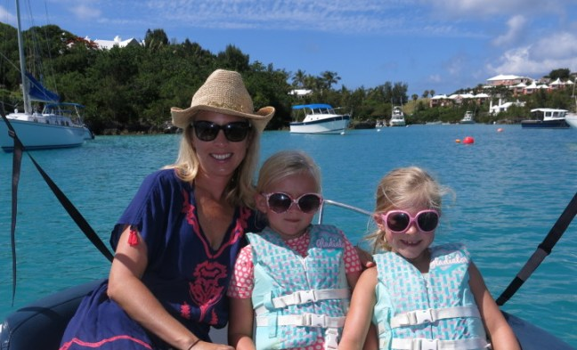 Boating in Bermuda - Rent a Boat with Kids!