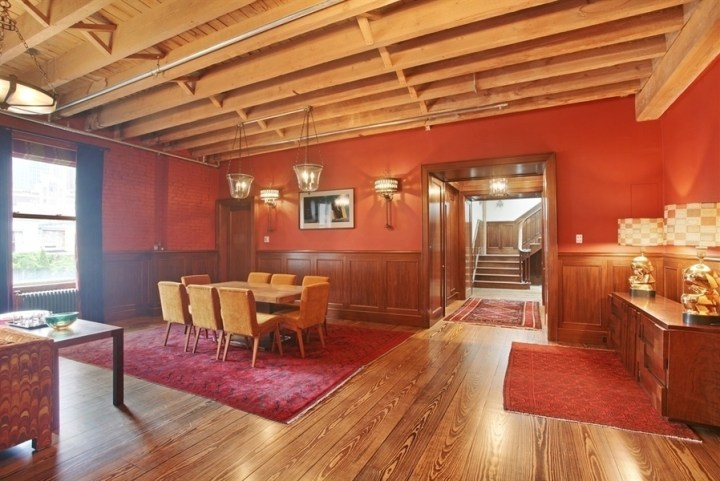 Taylor-Swift-NYC-Penthouse-Tour-Dining-Room-Tribeca-Apartment