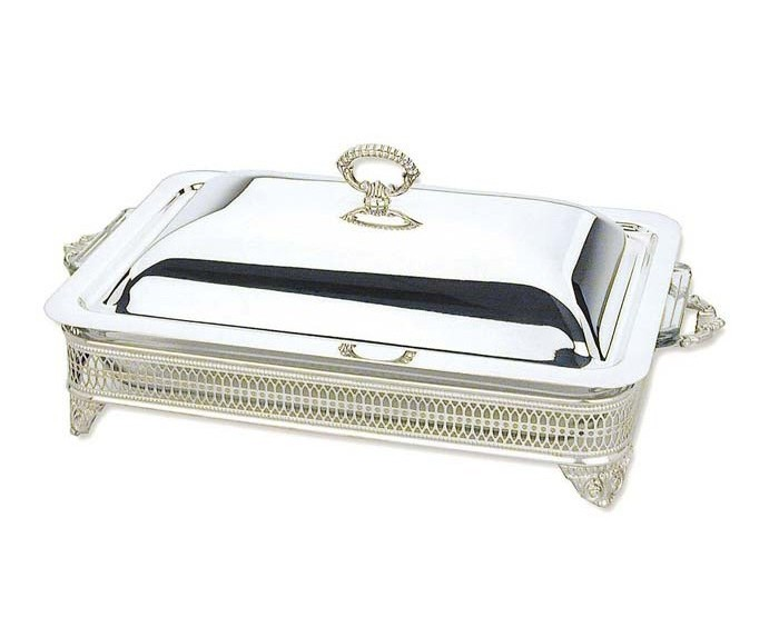 silverplated_english_gallery_3_quart_covered_bakercasserole_dish