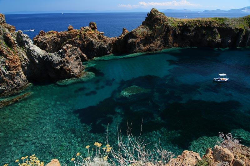 10 splendide piscine naturali sul mare in Italia  WePlaya