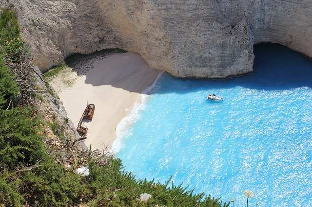 Spiaggia Del Relitto A Zante Ecco Da Dove Deriva Il
