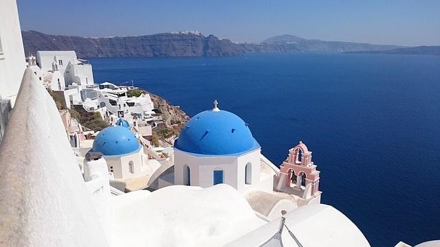 10 motivi per fare subito una vacanza al mare in Grecia
