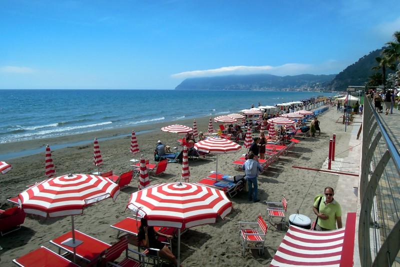 Le Spiagge Di Alassio In Liguria Riviera Di Ponente  WePlaya
