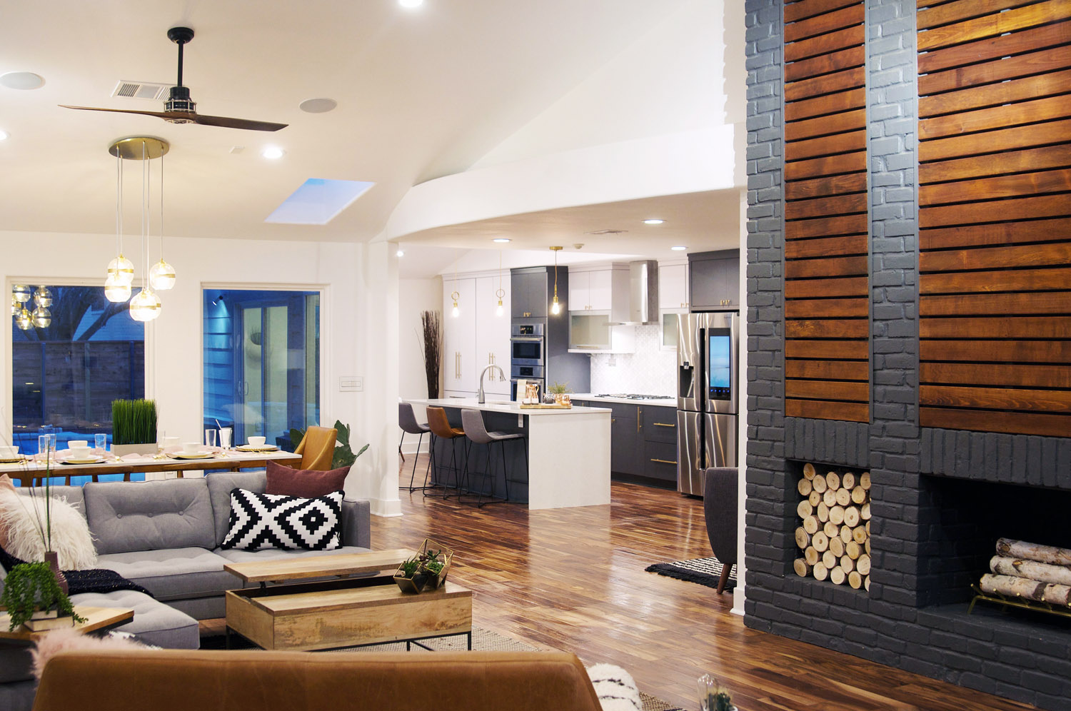 A FromTheGroundUp Renovation In Dallas  Front  Main