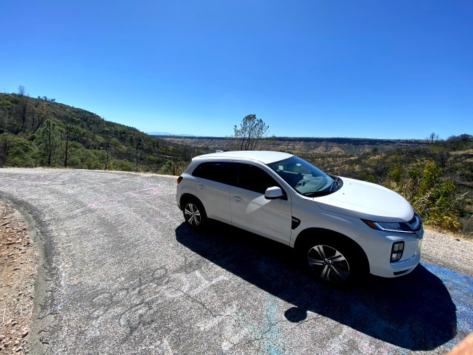 The 2020 Mitsubishi Outlander Sport ES 2.0 on a drive through the country - A review.