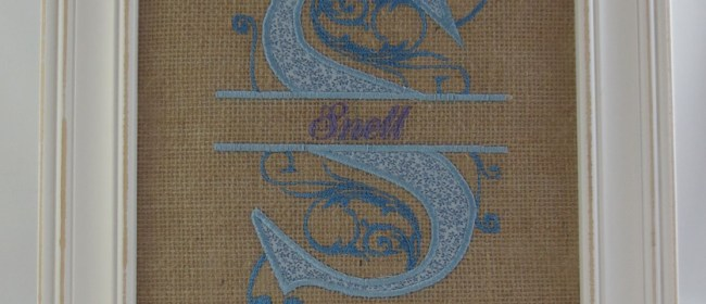 Snell Royal Split Burlap Applique