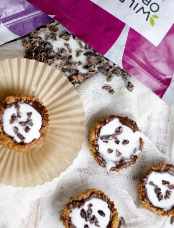 Grain-Free Cookies 'n Milk Cups {Paleo, sugar-free, low-carb!} | Got a craving for cookies and milk? Get the fun deliciousness of a grain-free, gluten-free cookie dipped in dairy-free milk in every bite with these cookies 'n milk cups! They're a perfect snack, dessert, or party food -- and they're allergy-friendly, too! | WildlyOrganic.com