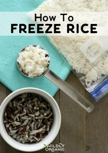 Photo of rice in a quart bag and in measuring cups   How to Freeze Rice   Meal prep doesn't have to be difficult. Knowing how to freeze rice is a great way to make getting dinner on the table quick and easy! #glutenfree #allergyfriendly #mealprep #freezercooking #mealplan #rice