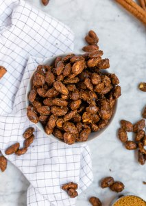Photo of Paleo Pumpkin Spice Candied Almonds   These pumpkin spiced candied almonds are made completely free of refined sugar! They're also paleo friendly, gluten-free, and vegan, too. If you're looking for an easy fall snack, look no further than these pumpkin spice candied almonds. #pumpkinspice #pumpkin #paleo #glutenfree #veganrecipes #vegan #fallfood #almonds #paleorecipes
