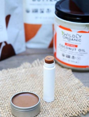 DIY Homemade Chocolate Lip Balm