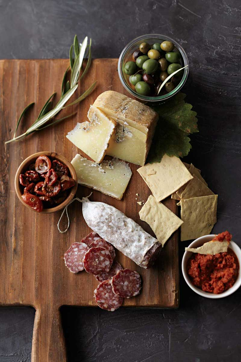Party Planner: Holiday Wine & Cheese Party
