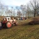 Der Belarus-Traktor im Einsatz.