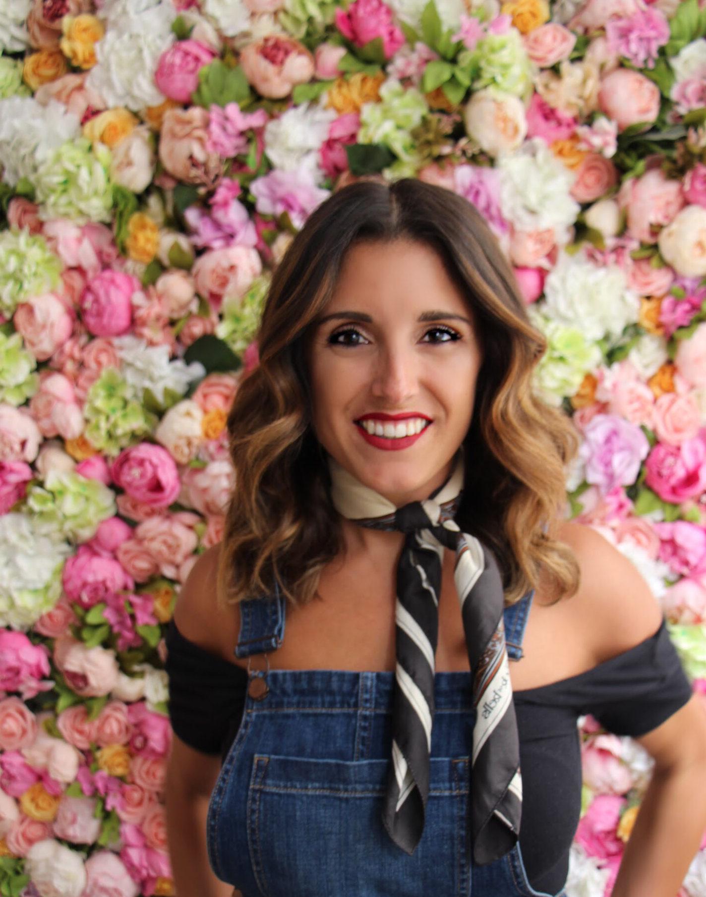 Amy Rose Sin Ropa meet team winky lux: jenna romero, social media manager