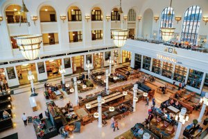 Inside Denver's newly-renovated Union Station - train station, restaurant hub, hotel, and more!