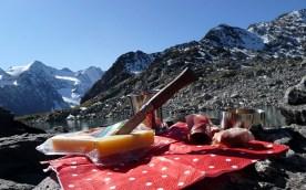 Picknick mit Opinel Messer am Rinnsee - Alpen/Tirol