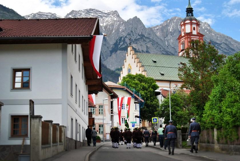 brauchtum-region-hall