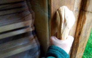 holzgriff-sauna-gletscherchalet
