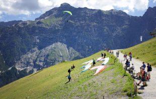 Paragleiter Elfer Stubaital Tirol