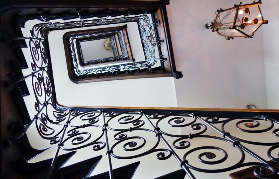 Treppenhaus im Hotel Mariandl