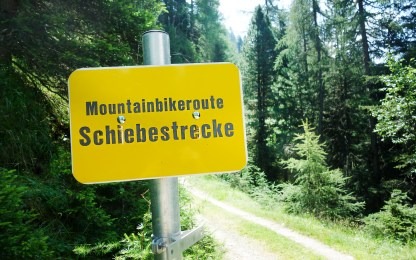 Schild Mountainbikeroute