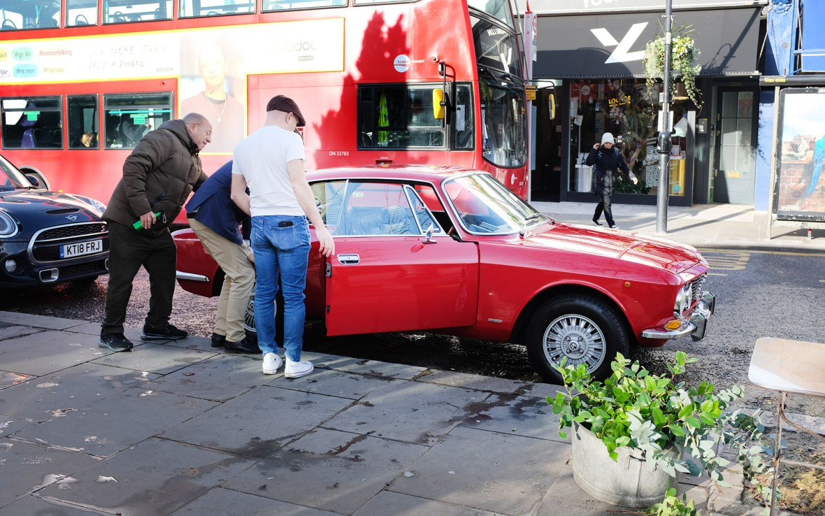 Alfa Romeo in Notting Hill