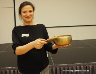 Anika Dollinger ruft zum Wechsel der Gesprächspartner auf