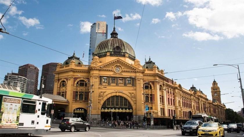 flinders-street-station-Melbourne