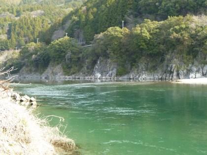 奇跡の清流仁淀川の清らかな流れ