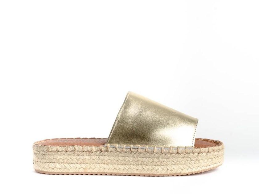 sandalias de plataforma de esparto doradas