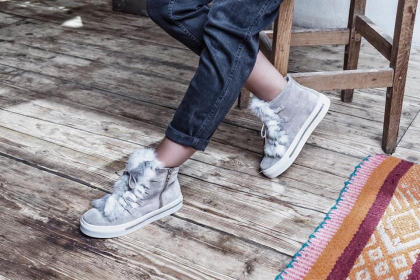 Deportivas de pelo para mujer de Alpe Woman Shoes.