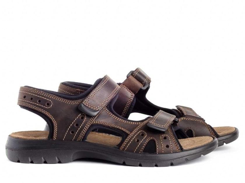 Sandalias color marrón de la marca Imac
